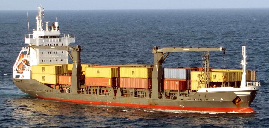 Простой контейнеровозов сокращается - Alphaliner