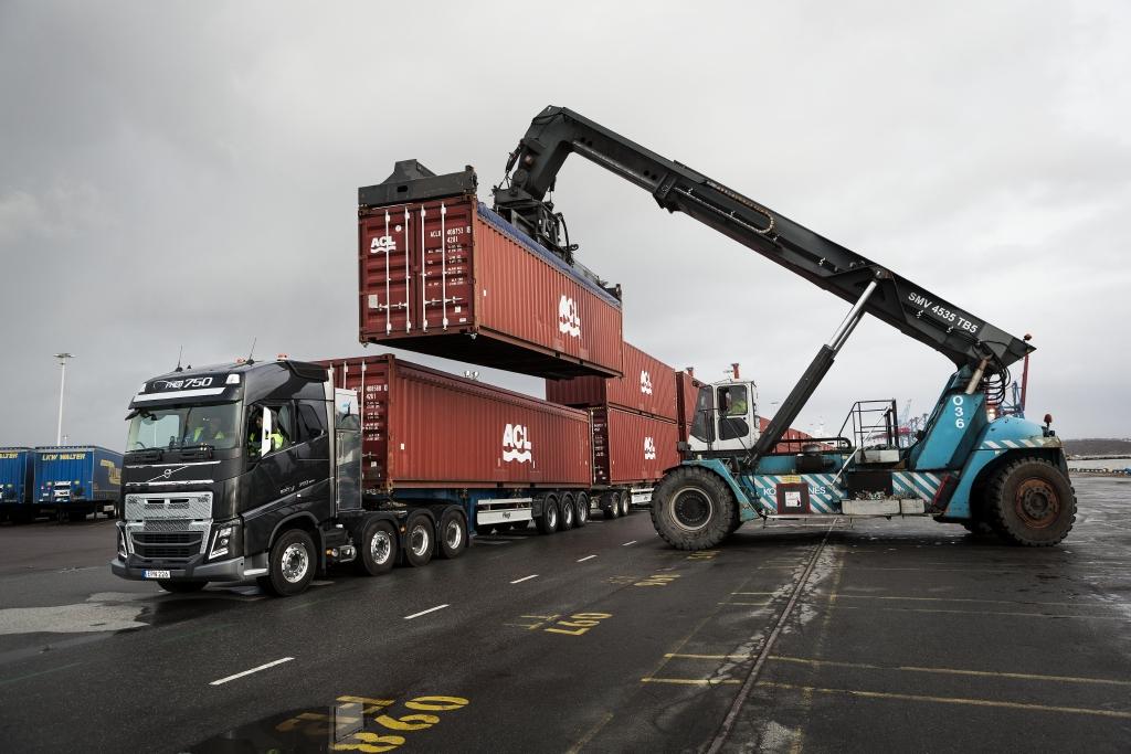 Как отправить контейнер в Великобританию из Украины