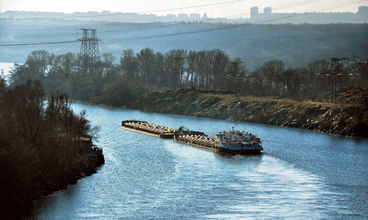 Туреччина і Китай хочуть інвестувати в річкові вантажоперевезення в Україні