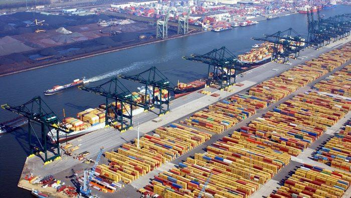 Глобальні морські контейнерні перевезення демонструють позитивну динаміку