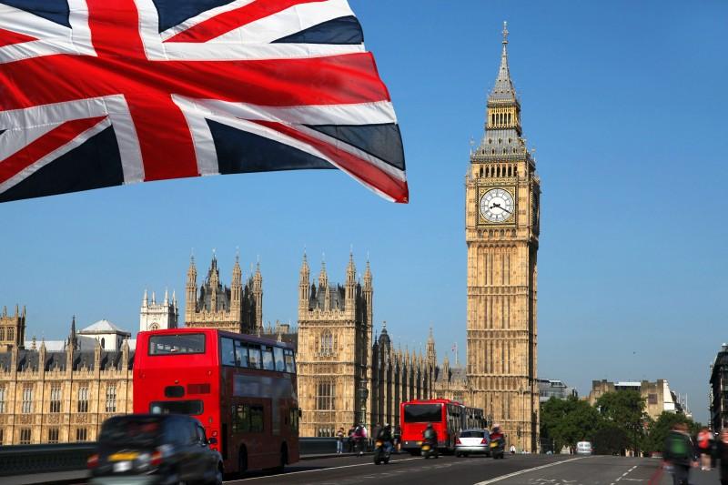 Перевозка личных вещей в Великобританию
