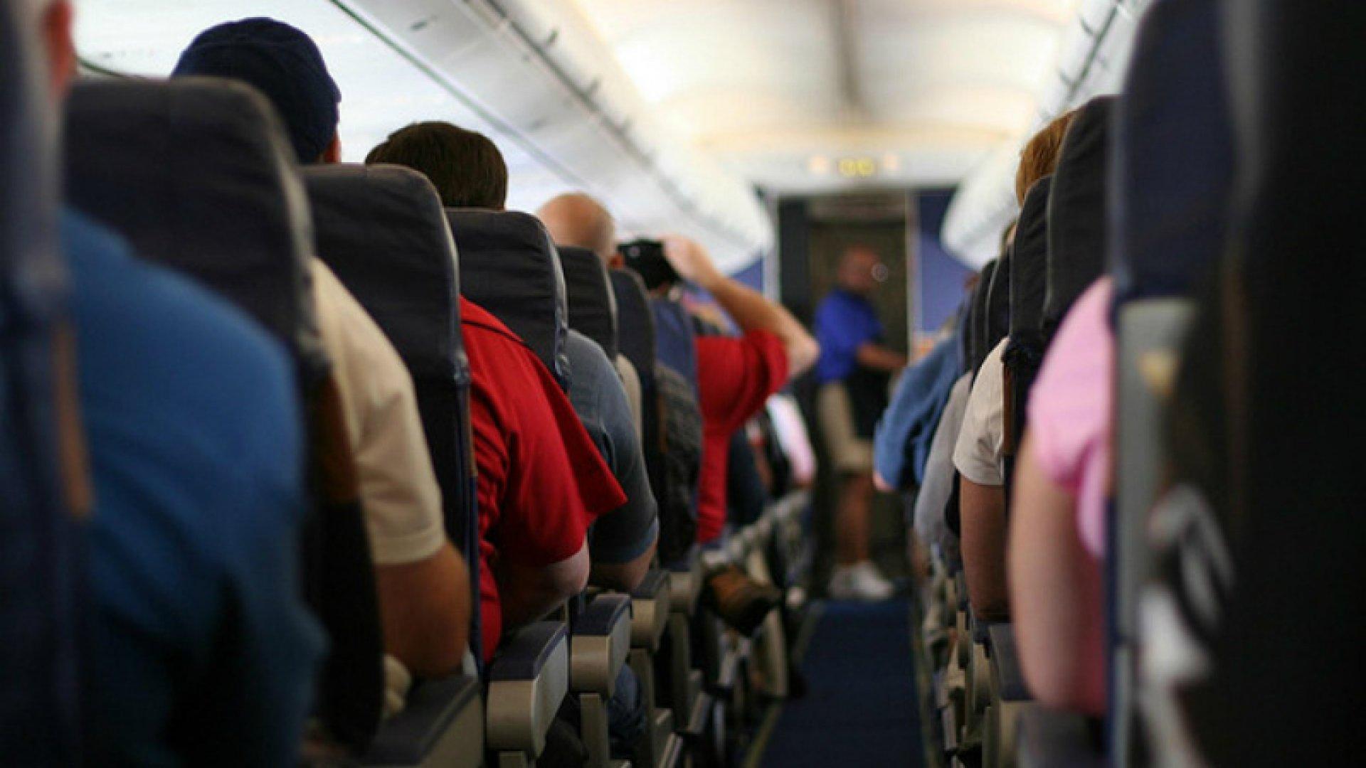В Украине начали действовать новые правила авиаперевозки пассажиров и багажа
