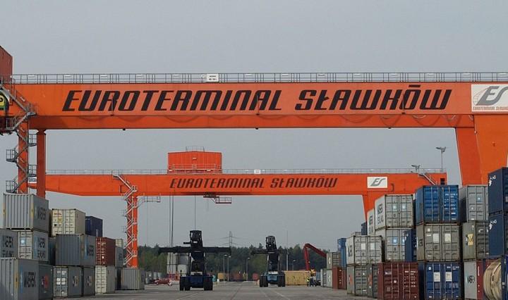 Укрзалізниця відкрила регулярні контейнерні перевезення в Польщу