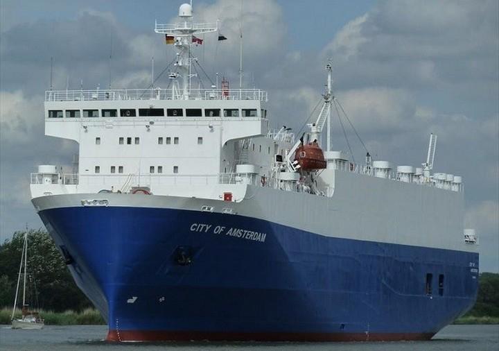 Порт Черноморск начал принимать регулярные международные перевозки автомобилей